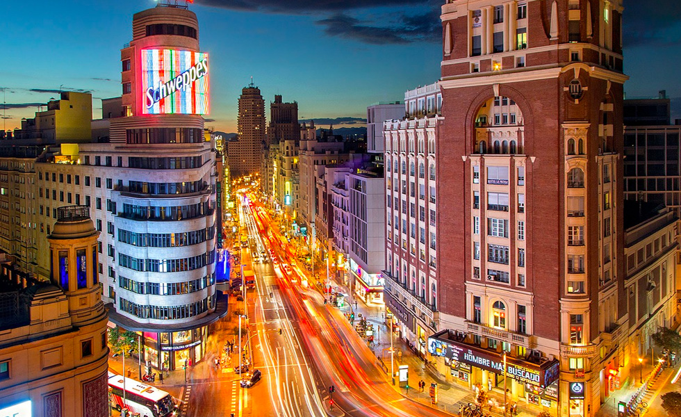 La calle Gran Via de Madrid