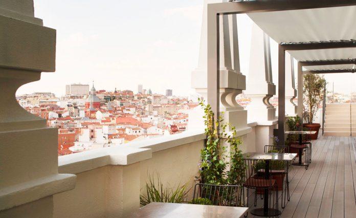 Terraza Dear Hotel - Nice to meet you