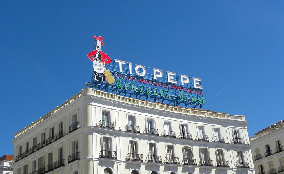 Cartel publicitario de Tio Pepe
